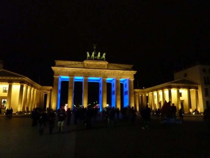 The Brandenburg Gate, one of the most important monuments in Berlin. Originally erected in the 18th century. Prussian sovereign Friedrich Wilhelm II was looking for a suitable architectural statement to enhance the approach into the Boulevard Unter den Linden.